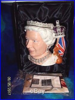 2006 Royal Doulton Queen Elizabeth II D7256 Character Jug Large, C. O. A, Boxed