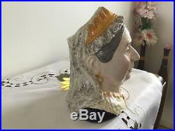 Royal Doulton Character jug of the year 2001 QUEEN VICTORIA Limited Edition