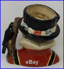 Royal Doulton Large Character Jug The Yeoman of the Guard D6883 Dillards 41 / 50
