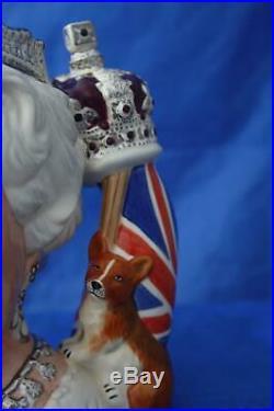 Royal Doulton Queen Elizabeth II D7256 Ltd Ed Character Jug Of The Year 2006
