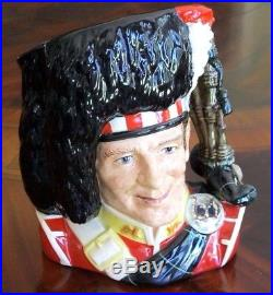 Royal Doulton The Piper D6918 Toby Character Jug #1,742 of 2,500 Mint Condition